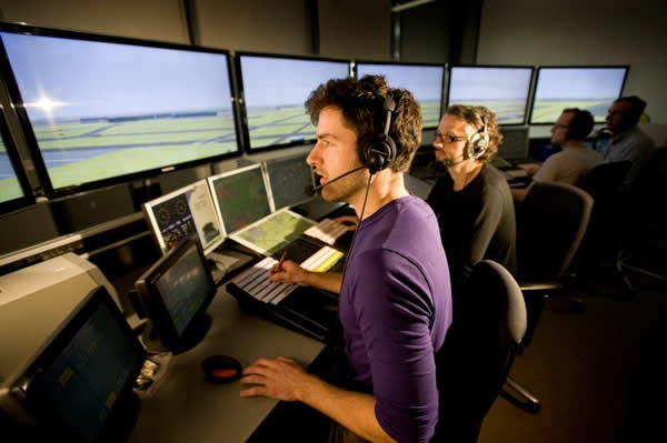 NATS appoints NOCN to develop air traffic qualifications