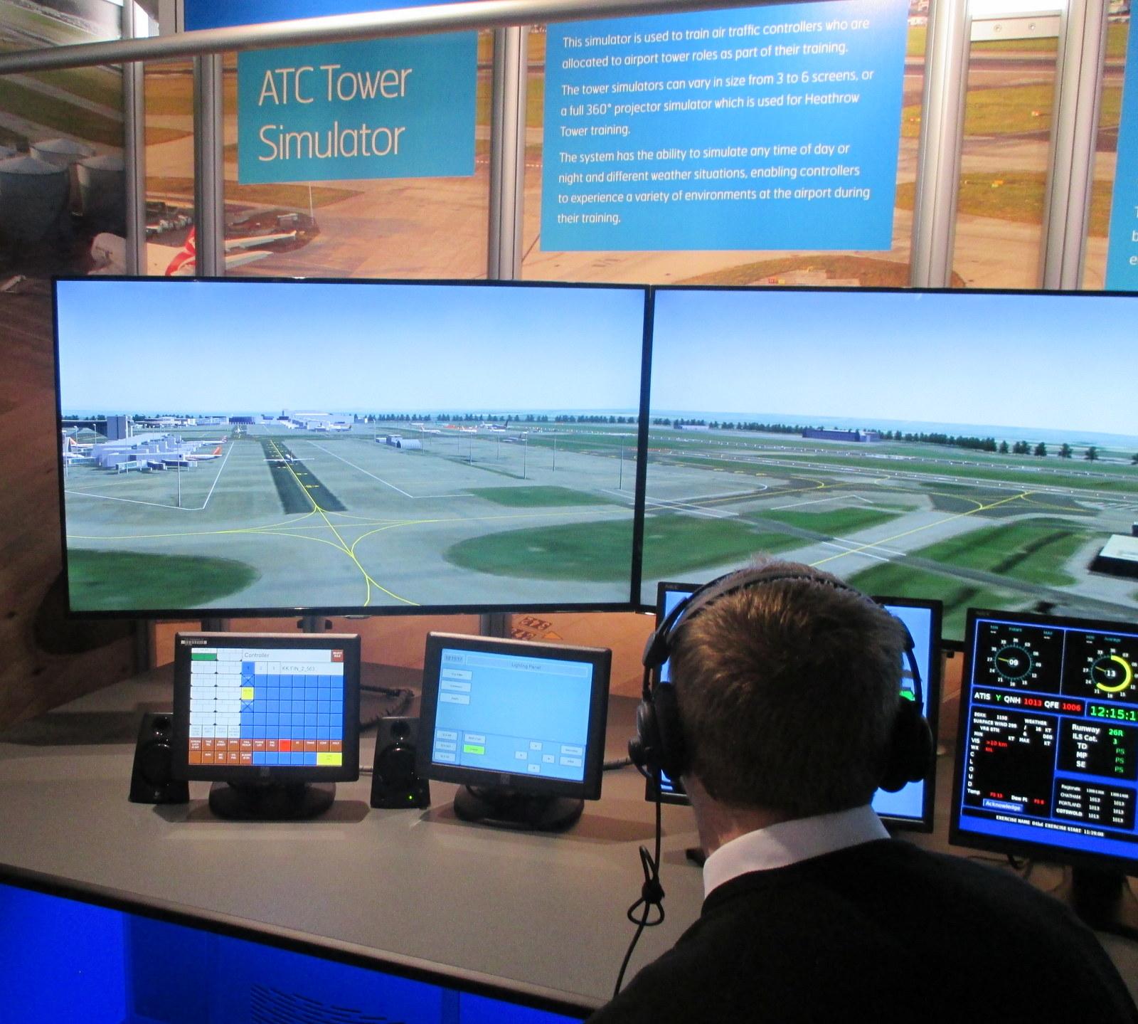 Air traffic controller simulator game online