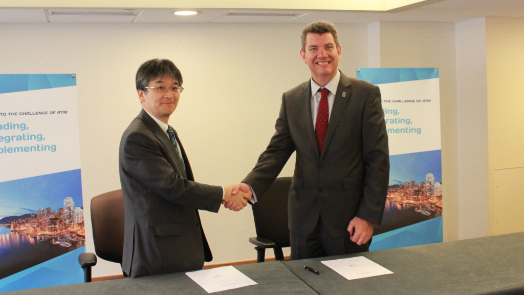 NATS Chief Executive Martin Rolfe and Hitoshi Ishizaki, in his role as Director General of JANS