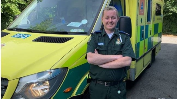 Furloughed air traffic controller volunteers with London Ambulance Service